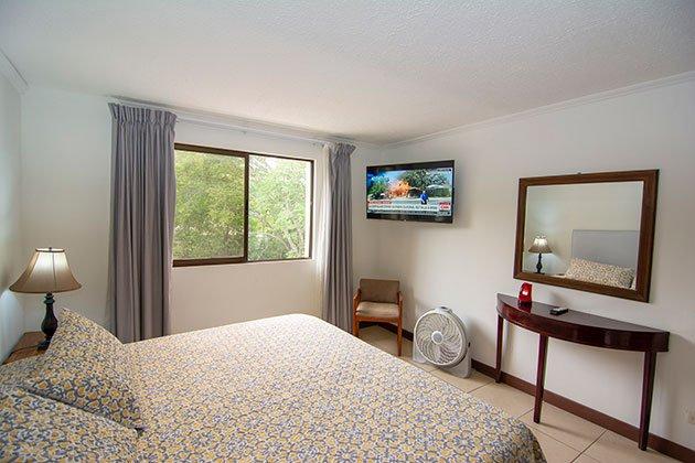 furnished-apartment-rental-one-bedroom-belen-heredia-costa-rica-2